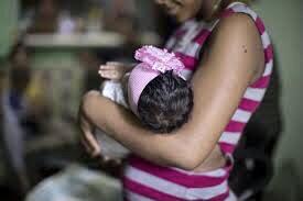En Colima han disminuido embarazos en adolescentes, dice Salud.